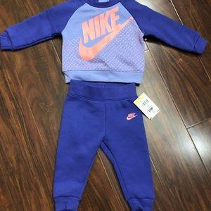 Nike Baby Girl Long-Sleeve  Tunic & Pants